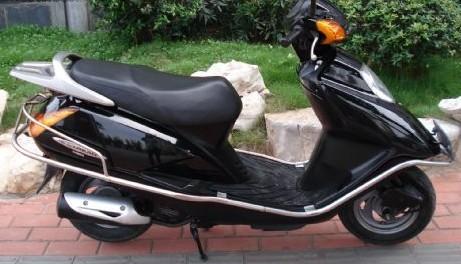 出售本田追梦摩托车3500元